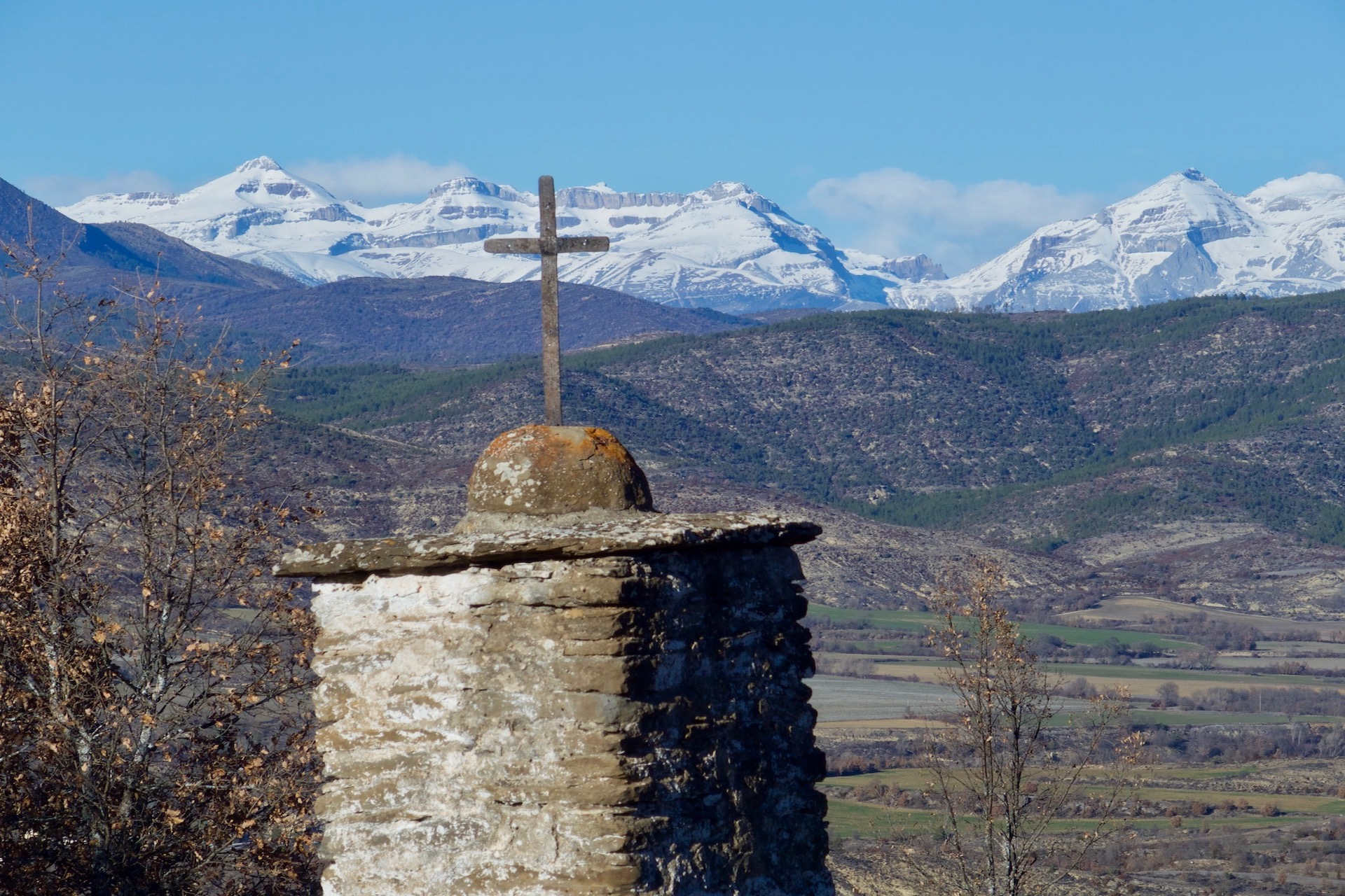 Camino Aragones - Pyreenees views